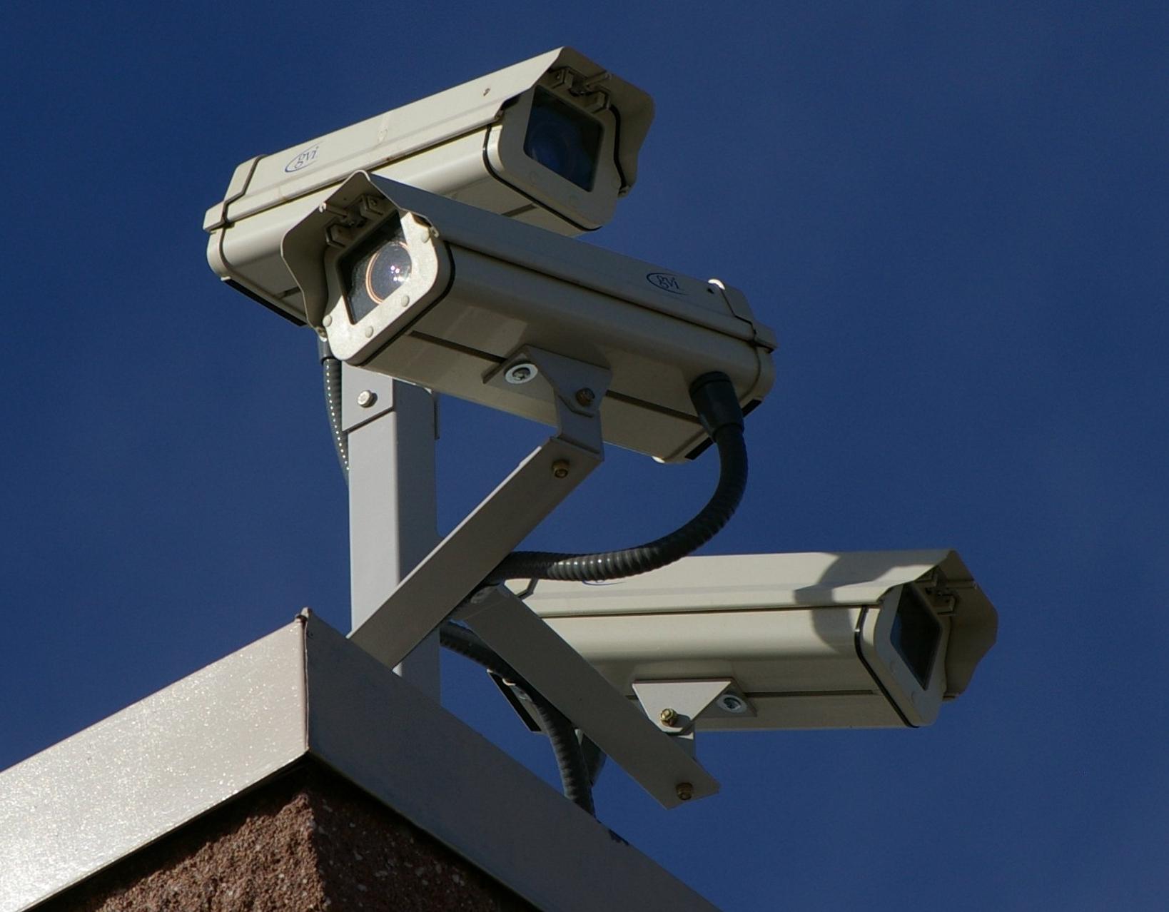 surveillance_cameras_0